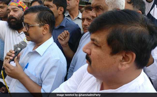 Delhi Sealing: Kejriwal calls BJP, Cong for meeting