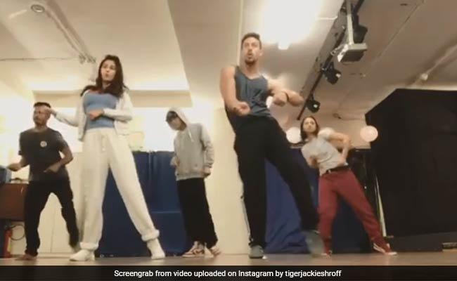 Video: टाइगर श्रॉफ ने दिशा पटानी को दिखाए 'बागी' तेवर, तो कुछ यूं मिला जवाब