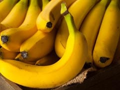 Is It Healthy To Eat Bananas With Milk? Here's The Answer From Our Expert