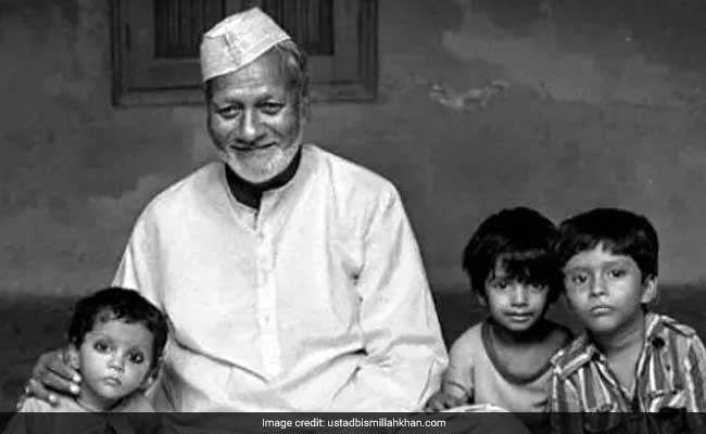 All You Need To Know About Ustad Bismillah Khan, The Shehnai Maestro