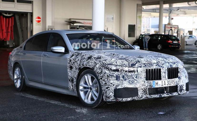2019 bmw 7 series facelift interior revealed in latest spy photos ndtv carandbike. Black Bedroom Furniture Sets. Home Design Ideas