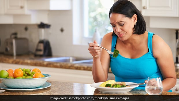 Eating too much pasta helps in reducing weight