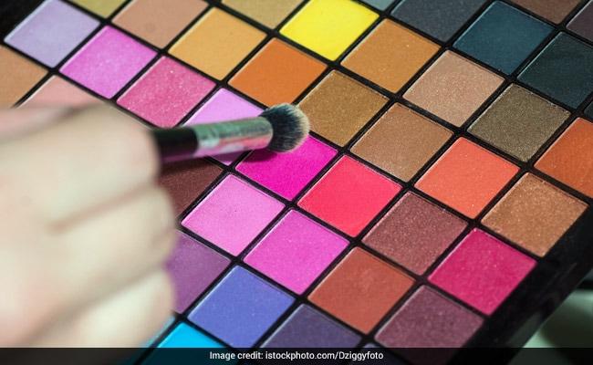 6 Eye Makeup Tips To Nail Bright Eyeshadow
