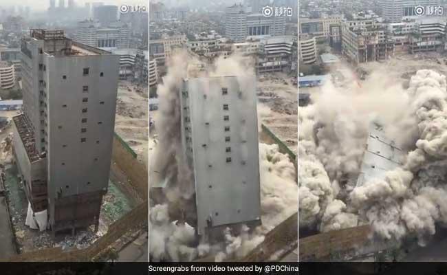 VIDEO: 10 सेकंड में गिरी 15 फ्लोर की बिल्डिंग, जिसने भी देखा फटी रह गईं उसकी आंखें