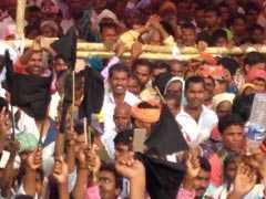 दलितों ने रामविलास पासवान और सुशील मोदी को काले झंडे क्यों दिखाए?