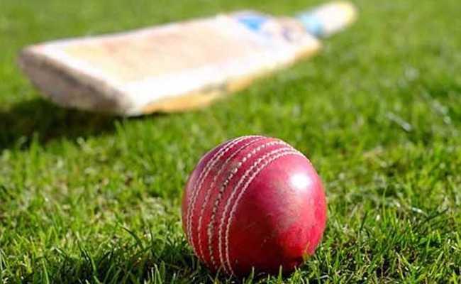 पश्चिम बंगाल के युवा क्रिकेटर को मैदान में ही पड़ा दिल का दौरा, मौत