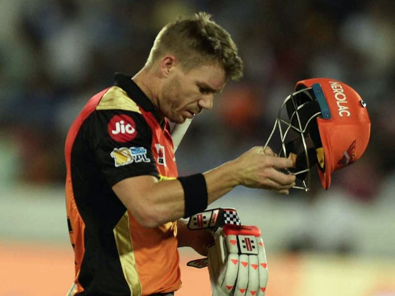 Warner steps down as Sunrisers captain