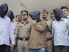 Two Officers Of Delhi Police Arrested For Gold Robbery In Ghaziabad