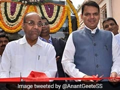 Devendra Fadnavis's Closed-Door Meeting With Sena As TDP Quits Alliance