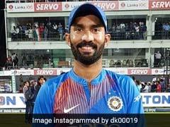 मुरली विजय ने नहीं दी Dinesh Karthik को बधाई, फैन्स बोले- बल्लेबाजी भी नहीं देखी क्या