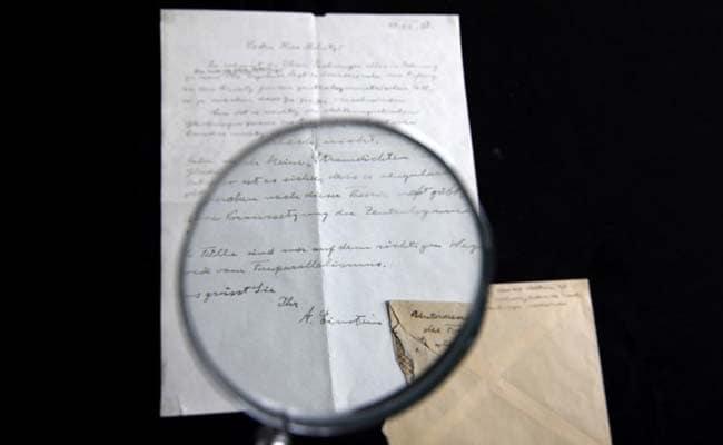 Albert Einstein Letter Fetches $100,000 At Jerusalem Auction