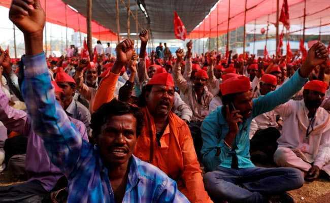 farmers reuters 650