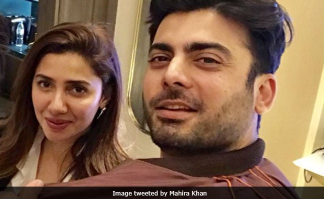 Viral: Mahira Khan And Fawad Khan's Selfie Is Driving The Internet Insane