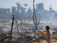दिल्ली : आईटीओ के पास यमुना खादर की झुग्गियों में लगी आग