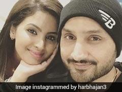 ऑफ स्पिनर हरभजन सिंह ने पत्नी गीता को इस अंदाज में दी जन्मदिन की बधाई...