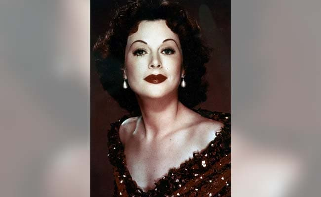 Hollywood Femme-Fatale Hedy Lamarr's Double Life As A Scientist, Inventor
