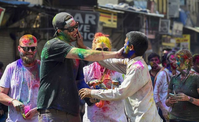 US Lawmakers Greet Indian-Americans On Holi