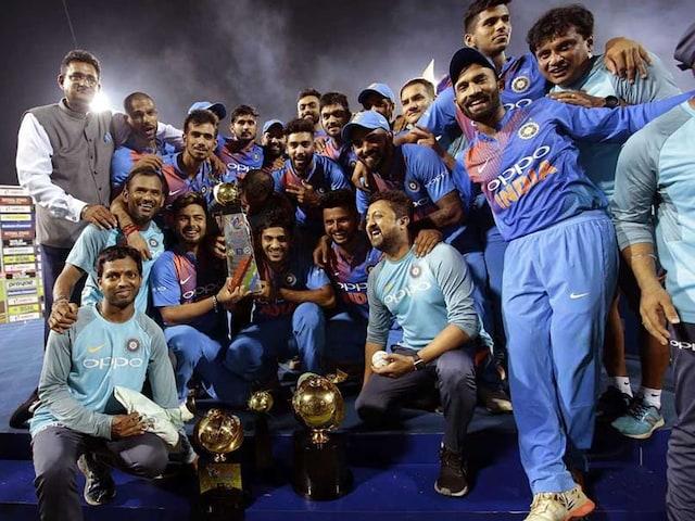 Nidahas Trophy Final, India vs Bangladesh: Dinesh Karthiks Last Ball Six Helps India Beat Bangladesh, Clinch Title
