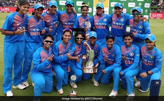 भारतीय महिला क्रिकेट टीम के बारे में ट्वीट करते हुए बॉलीवुड स्टार अमिताभ बच्चन ने कर दी यह बड़ी गलती...