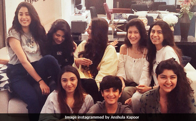 On Janhvi Kapoor's 21st birthday, Sonam Kapoor shares a heartfelt message