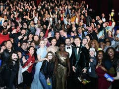 Oscars 2018: Jimmy Kimmel Handed Out Snacks To Some People. Armie Hammer Took Along A 'Hot Dog Cannon'