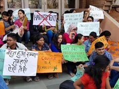 JNU Students On March Demanding Arrest Of Professor Accused Of Harassment