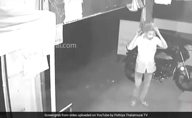 Watch: Thief In Kanyakumari Uses Plastic Bag To Cover Face, Arrested