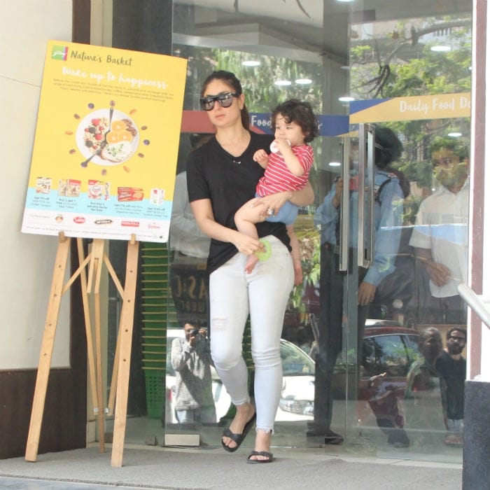 kareena photographed with son taimur