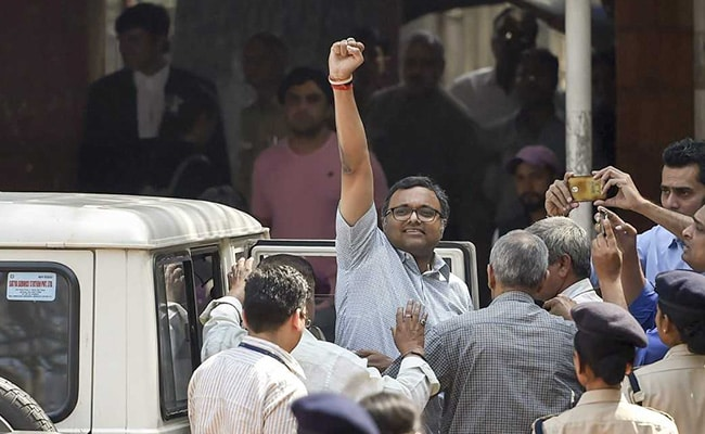 Judge recuses herself from Karti case