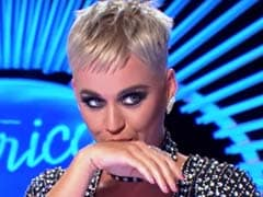 Video: रियलिटी शो की जज ने कंटेस्टेंट को धोखे से किया  Kiss, मच गया बवाल
