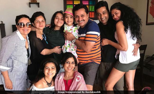 ICYMI: A Kahaani Ghar Ghar Kii Reunion, Featuring Sakshi Tanwar And Her Co-Stars