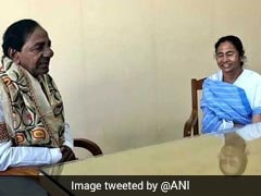 केसीआर ने ममता बनर्जी से की मुलाकात, कहा - यह संघीय मोर्चे की शुरुआत है