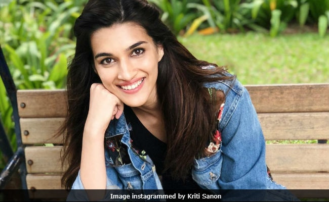 Kriti Sanon's Traditional Ashtami Meal Of Halwa-Puri: Seen It Yet?