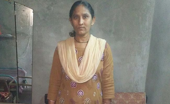 Removing 'Dis' From Her Ability, Raziaben From Ahmedabad Stood Up For Her Family's Basic Requirements And Started Earning