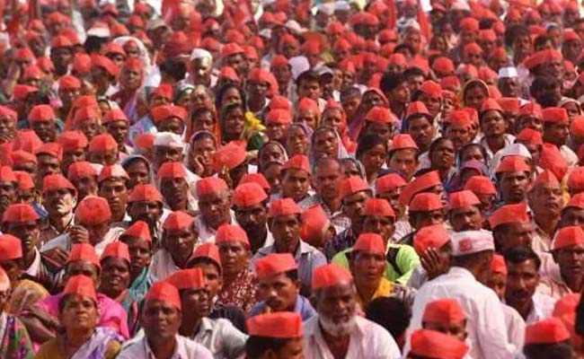 Thousands Of Farmers In Mumbai To Remind PM Modi Of Promises