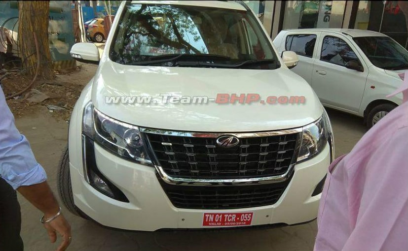 Here is a look at the undisguised pictures of the Mahindra XUV500 facelift