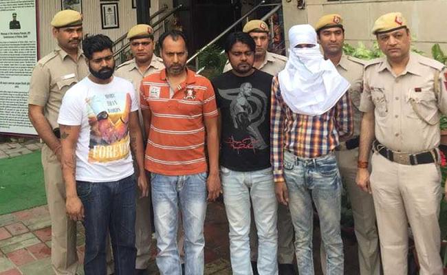 दिल्ली के बड़े फाइनेंसर की हत्या का मामला सुलझा, चार आरोपी गिरफ्तार