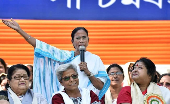 Mamata Banerjee welcomes TDPs decision to quit NDA