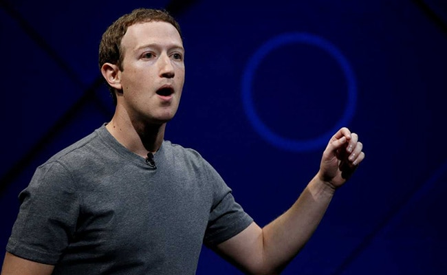 Facebook Says Mark Zuckerberg's Old Posts Accidentally Deleted