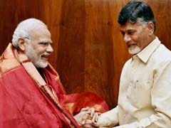 तेलगु देशम पार्टी ने पीएम मोदी की तुलना 'एनाकोंडा' से की, तो भाजपा ने चंद्रबाबू को 'भ्रष्टाचार का राजा' बताया