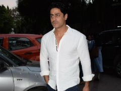 Narendra Jha's Prayer Meet Attended By Mohit Raina, Neetu Chandra And Others