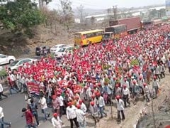 Mumbai Braces For Big Showdown As Farmers' March Swells To 35,000