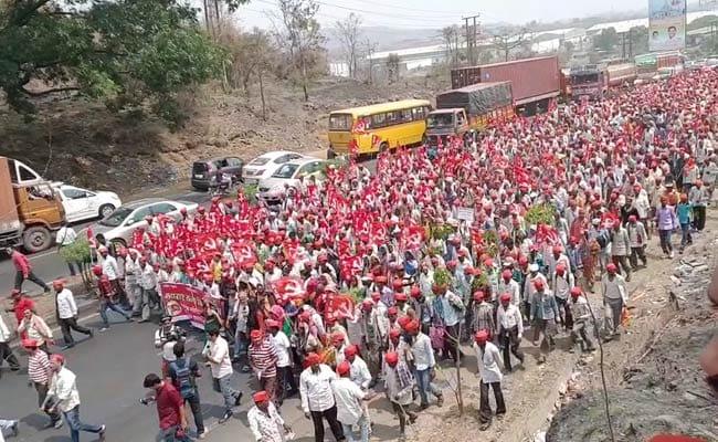 Mumbai Braces For Big Showdown As Farmers' March Swells To 35,000
