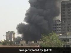 मुंबई : धातु के गोदाम में लगी भयंकर आग, किसी के हताहत होने की खबर नहीं