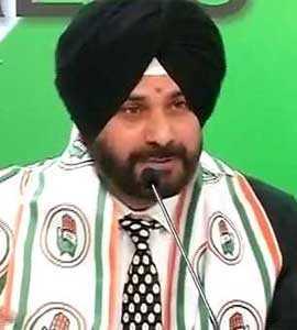 'Manmohan Singh Was Both Sardar And Asardar': Navjot Sidhu Offers Apology