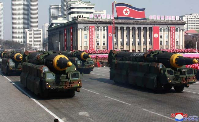 उत्तर कोरिया नई मिसाइलों पर काम कर रहा : अमेरिकी जासूसी एजेंसियां