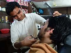 Barbers In Pakistan Province Ban 'Fashionable' Beards