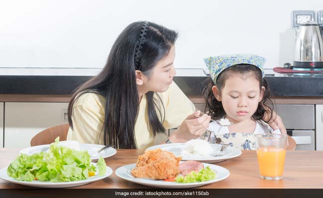 Parental Dieting Pressure Linked to Long-Term Harm