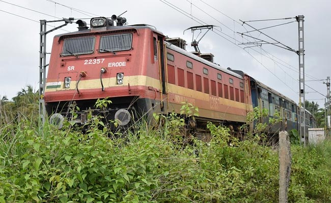 Railways to invest Rs 75000 cr on signalling system project