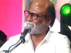 BJP पर भड़के रजनीकांत, कर्नाटक प्रकरण को बताया 'लोकतंत्र का मजाक'